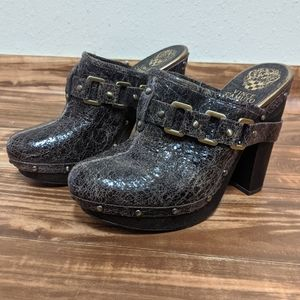 Vince camuto brown heeled clogs size 8.5b